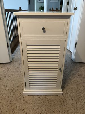 Storage Cabinet for Sale in Gurnee, IL