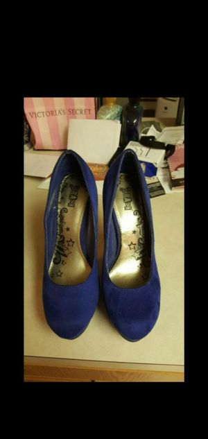 BLUE SUEDE HEELS SZ 8 for Sale in Lacey, WA