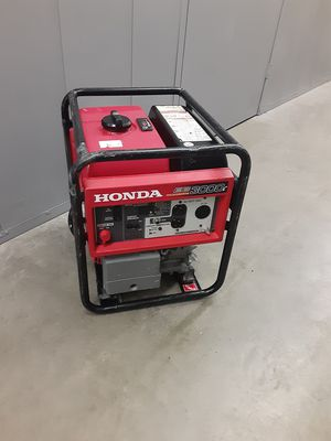 Generator honda eb3000c for Sale in Hawthorne, CA
