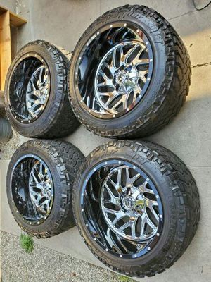 2 Piece Fuel Triton 22 x 12 On Nitto Trail Gripper M/T Chevy Or Ford for Sale in Lakewood, CA