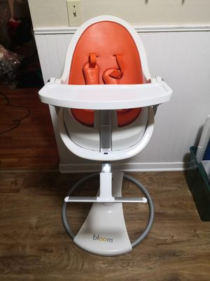 Fresco bloom baby booster high chair for Sale in Hawthorne, NJ