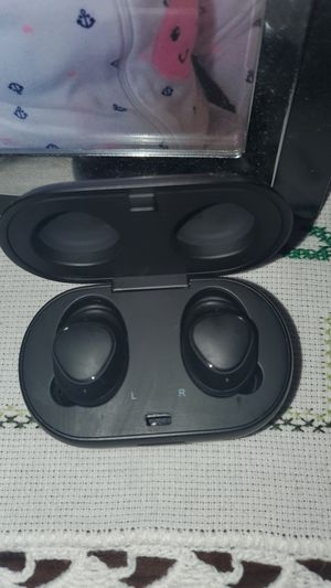 Samsung Wireless Earbuds for Sale in San Diego, CA