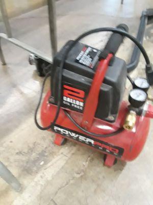 2 gallon air compressor for Sale in Lombard, IL