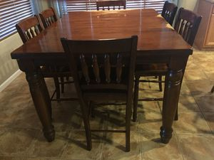 Kitchen table and 6 chairs for Sale in Gilbert, AZ