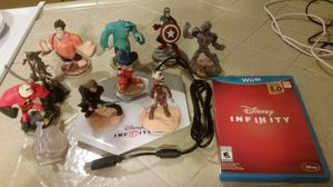Nintendo wii u Disney infinity game and 10 figures for Sale in Fresno, CA