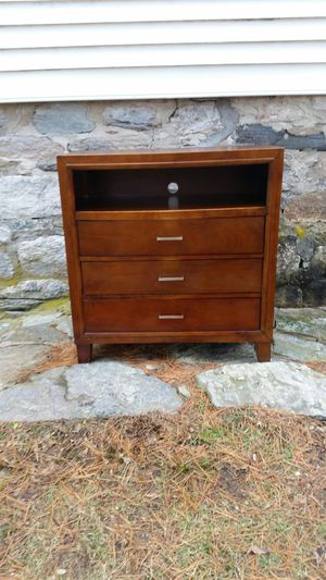 Antique Dresser small scratch but good overall for Sale in Trumbull, CT