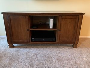 TV cabinet for Sale in Marlboro Township, NJ