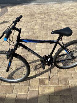 Roadmaster 26 inch 18 Speed Men's Bike for Sale in Wildwood,  FL
