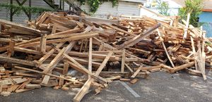 Free Wood for Sale in Saint Petersburg, FL