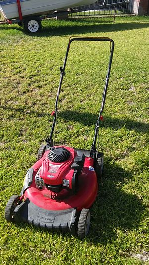 21 inch 550EX Troy-Bilt push lawn mower side discharge $ 50 dollars for Sale in Rialto, CA