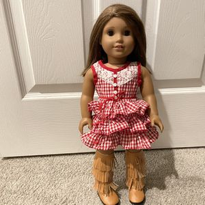 American Girl Doll with lots of extras! Super Clean for Sale in Scottsdale, AZ
