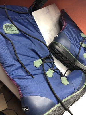 Sorel snow boots for Sale in Beaverton, OR