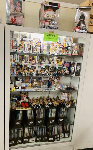 Bobbleheads, Wwe, pops, playboys, pez, sports memorabilia, toys, Disney, vintage, antique for Sale in Phoenix, AZ