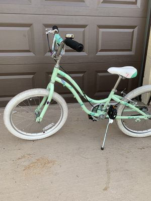Kid's 20 inch trek Bicycle Very good condition new kickstand new petals Bike always garage kept for Sale in Plantation, FL