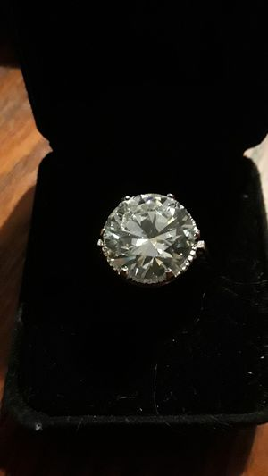 Absolutely Gorgeous Sterling Silver 925 ring for Sale in Queens, NY