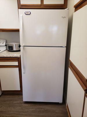 New Refrigerator perfect condition for Sale in Rancho Santa Margarita, CA