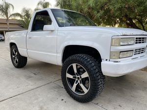 1990 chevy short bed for Sale in Riverside, CA