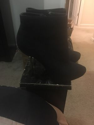 4 inch boots for Sale in Lexington, KY