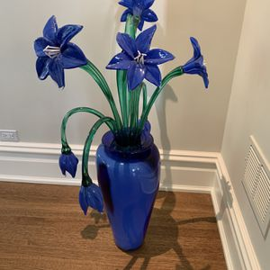 Hand Blown Glass Flowers And Vase for Sale in Evanston, IL