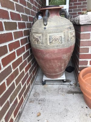 Antique Egyptian large vase 🏺 for Sale in Lincoln, NE