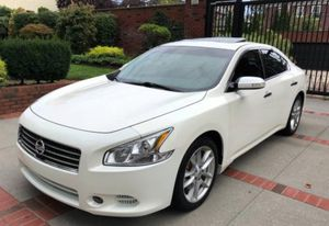 Tires and brakes loaded leather interior Nissan Maxima SV for Sale in Long Beach, CA
