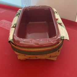 2006 Holiday Helper Longaberger Basket With Liners And Small Loaf Dish for Sale in Martinsburg,  WV