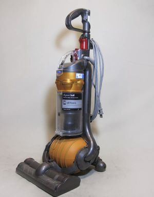 Dyson DC24 Ball for Sale in Glendale Heights, IL