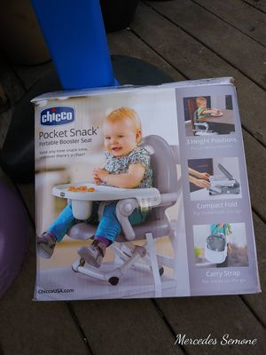 Chicco portable booster seat & tray for Sale in Portland, OR
