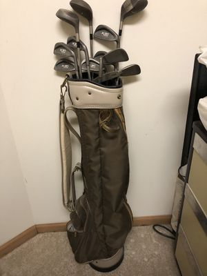 Wilson X31 Plus Golf Clubs and Bag for Sale in Barrington, IL