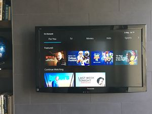 Panasonic Viera 42 inch TV for Sale in Chicago, IL