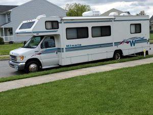 2000 winnebago minnie Winne RV has 33k miles for Sale in Sacramento, CA