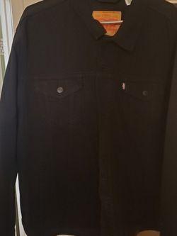 Men's Levi's Jacket for Sale in Las Vegas,  NV