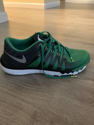 Nike Free Trainer 5.0 Shoes (Oregon Ducks Edition) for Sale in Sacramento, CA