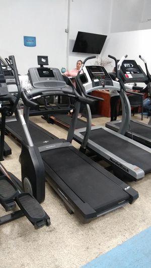NordicTrack '2450' Treadmill for Sale in Huntington Park, CA