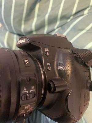 Nikon D5000 DSLR for Sale in Mesa, AZ