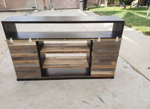 Tv stand or shelf for Sale in Long Beach, CA