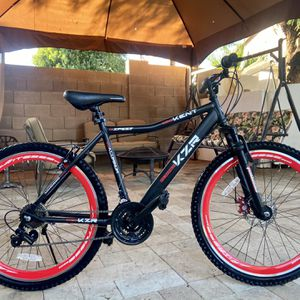 """26"""" Mountain Bike With Front Disc Brakes for Sale in Sun City, AZ"""