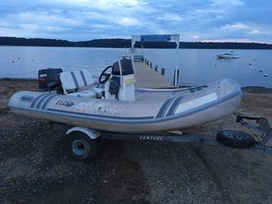 INFLATABLE BOAT RIGID for Sale in Earleville, MD