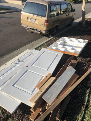 Free Assorted doors, mirror vanity and wood for Sale in Hacienda Heights, CA
