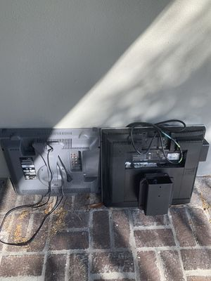 FREE - Come take it all!!!! No picking thru for Sale in Oakland Park, FL