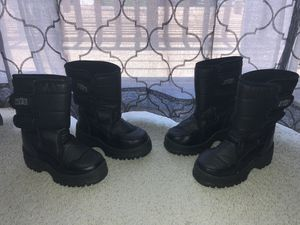 Kids snow boots for Sale in Alta Loma, CA