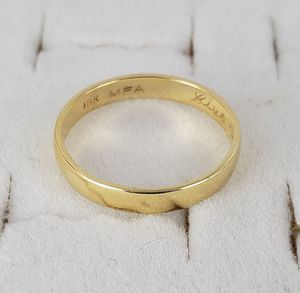 18kt Gold Wedding Ring for Sale in National City, CA