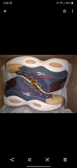 Reebok Iverson dress code size 12 for Sale in Cleveland, OH