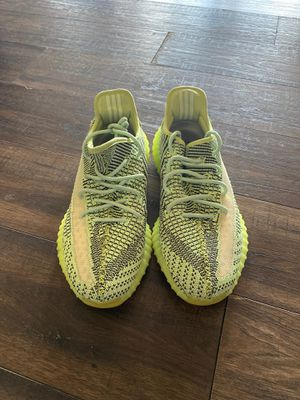 Size 11 Yeezreel clean adidas yeezys for Sale in Columbus, OH