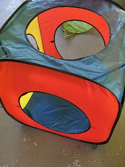 Free Toddler Play Tents & Tubes for Sale in San Leandro,  CA