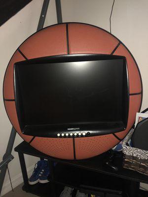 Flatscreen Basketball TV for Sale in Leesburg, FL