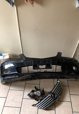 2006 Acura rl bumper wit fog lights and grill $200 for Sale in Baltimore, MD