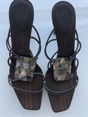Gucci sandals sz.9,Made in Italy for Sale in Kent, WA