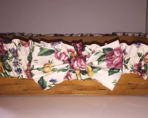 Vintage Longaberger Bread Basket with Fabric Band & Bowl for Sale in Santee, CA