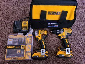 Dewalt 20-Volt MAX XR Lithium-Ion Cordless Brushless Drill Driver/Impact Combo Starter Kit with screwdriving bit set for Sale in Modesto, CA